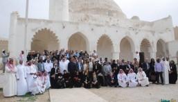 بالصور… رؤساء البعثات الدبلوماسية يكتشفون معالم الأحساء التراثية
