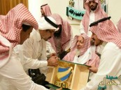 """بالصور… """"آل الشيخ"""" يحدد تأثير """"القات"""" على الضرورات الخمس"""