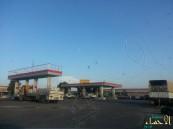 بالصور… في الأحساء هكذا استقبلت محطات الوقود وفود الحجاج