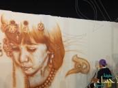 """بالصور… """"الفرحان"""" يُبهر الأنظار بلمساته الفنية على حائط """"كلنا منتجون 6"""""""