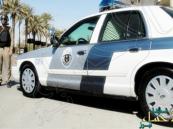 """شرطة """"الجبيل"""" توقع بتشكيل عصابي تخصص في سرقة المركبات"""