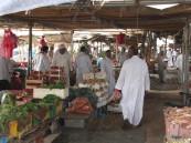 """بالصور… في #الأحساء """"سوق"""" خليجي يشكو الإهمال لسنوات.. ومواطنون: أين المسؤول؟!"""