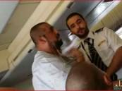 """بالفيديو.. طيران السعودية يخذل """"مواطن""""من #الأحساء.. والطائرة تتسبب في حالتي إغماء!!"""