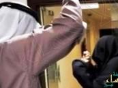 في #الأحساء… خمسيني يبرح والدته ضربًا.. وجارهم يوقفه عند حده !!