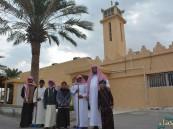 """مدرسة الأمير سعود بن نايف الابتدائية تنفذ برنامج """"الاعتناء بالمساجد"""""""