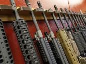 """طلبات متزايدة لشراء الأسلحة بين الأقليات في أمريكا منذ انتخاب """"ترامب"""""""