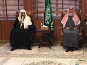 المفتي يشيد بجهود رابطة العالم الإسلامي في الذبّ عن الدين