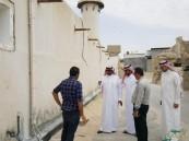 مدير السياحة يقف على أعمال ترميم مسجد الجبري التاريخي بالأحساء
