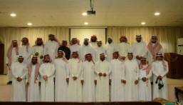 """عضو المجلس البلدي """"الحجي"""" و""""أهالي """"الجشة"""" في لقاء مفتوح لـ""""خدمة المجتمع"""""""