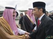 """بالصور.. """"خادم الحرمين"""" يصل إندونيسيا في زيارة رسمية"""
