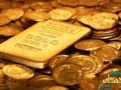الذهب يتراجع لأدنى مستوى في أسبوع مع صعود الأسهم والدولار بدعم بيانات