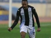 """نادي """"هجر"""" يمدد عقد مهاجمه """"الجمعان"""""""