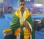 """بالصور.. """"نواف المزيدي"""" يحرز أول ذهبية آسيوية في تاريخ لعبة الأثقال السعودية"""