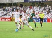 """بالفيديو .. بهدفي """"مبخوت و """"خليل"""" المنتخب الإماراتي يثأر ويقلب تأخره إلى فوز على الأخضر"""