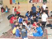 """بالصور..""""وكيل مدرسة"""" في #الأحساء يفاجئ طلابه وأولياء أمورهم بـ""""وليمة""""!!"""