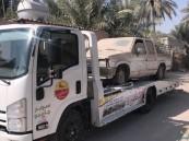 بالصور .. مؤسسة الري في #الأحساء ترفع السيارات والهياكل التالفة بالقطاع الزراعي