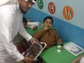 """ابتدائية """"الإمام الكسائي"""" تنظم برنامج الحليب والتمر لطلابها"""