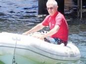 تغريم رئيس وزراء أستراليا بسبب عدم ارتداء سترة نجاة على متن قاربه