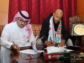الاتفاق يتعاقد مع الحارس الجزائري رايس مبولحي