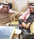 رافق الملك عبدالعزيز وجمعته علاقة وثيقة بالملك سلمان.. تعرف على الشاعر الفقيد محمد الخس