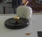 تعرّف على سعرها.. عرض أغلى قطعة شوكولاتة بالعالم في البرتغال !!
