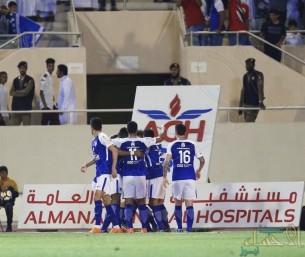 """بالفيديو .. الهلال يعزز صدارته بفوز على القادسية و """"الأهلي"""" يواصل مطاردته"""