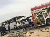 وفاة 15 شخصا جراء تصادم حافلتين بالكويت