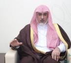 """بالصور… معالي الدكتور """"سليمان أباالخيل"""" يلتقي بطلاب """"كلية الشريعة"""" في الأحساء"""