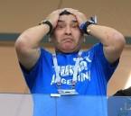 شاهد مارادونا أصابهُ الجنون وكاد أن ينتحر خلال مباراة الأرجنتين وكرواتيا