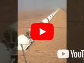 بالفيديو.. أطول قطار شحن في العالم على الأراضي السعودية