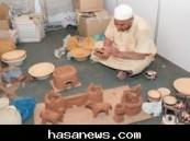 """( الأحساء نيوز ) الراعي الإلكتروني """"سوق هجر"""" بالأحساء يستعيد ( 9 ) مهن قديمة تعود إلى ( 14 ) قرناً ."""