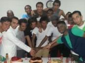 الوحدة يستعد بمناورة ويحتفي بعبدالعزيز مجرشي ومحمد بشير