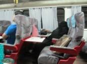 قيمة تذاكر قطارات سكة الحديد مرتفعة مقابل خدمات ضعيفة و صيانة غائبة  .