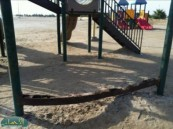 """المواطن """" السلمان """" يتسأل : صيانة مرافق شاطئ العقير … أين؟"""