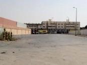 شارع في قرية الحليلة يثير قلق سكانها .. ومطالب بإجراءات من أمانة الأحساء لإزالة مخاطره