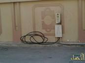 بالصور… الكهرباء تحاصر منازل الراشدية بعشوائيتها !!