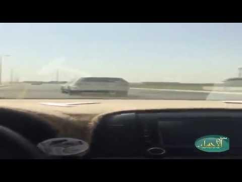 """بالفيديو… في الأحساء سيارة """"ساهر"""" خارج القانون"""