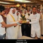 أمير عسير يسلم الشباب كأس بطولة النخبة الدولية الثالثة 2010 م