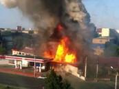 بالفيديو … في مشهد مروعة لحظة إنفجار محطة بنزين