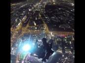 """بالفيديو .. ولي عهد دبي يلتقط أقوى """"سيلفي"""" من أعلى برج في العالم"""