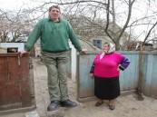 وفاة أطول رجل بالعالم في أوكرانيا بسكتة دماغية