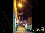بالفيديو.. مطب يطير سيارة في السماء ويعرض سائقها للخطر بـ عفيف