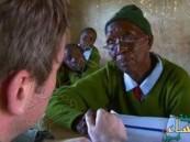 في كينيا… تلميذة إبتدائي عمرها 90 عاماً
