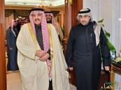 بالصور… الأمير أحمد يزور خادم الحرمين الشريفين