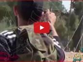 """بالفيديو… """"أغبياء داعش"""" يفجّرون أنفسهم ويقتلون زملاءهم"""