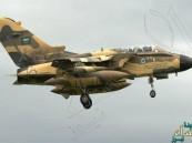 طائرات تحالف عاصفة الحزم تقصف رتلاً للحوثيين
