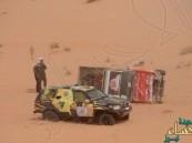 بالفيديو.. بطل الحرس الملكي يضحي بالفوز في رالي حائل لإنقاذ زميله
