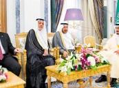خادم الحرمين يؤكّد أهمية تعزيز وحدة الصف وجمع كلمة المسلمين على الحق