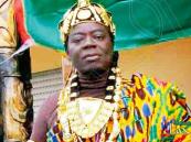 """ملك قبيلة أفريقية يحكم شعبه من أوروبا عبر """"سكايب"""""""