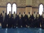 جامعة الملك فيصل تزفّ أول دفعة إعلامية للأضواء